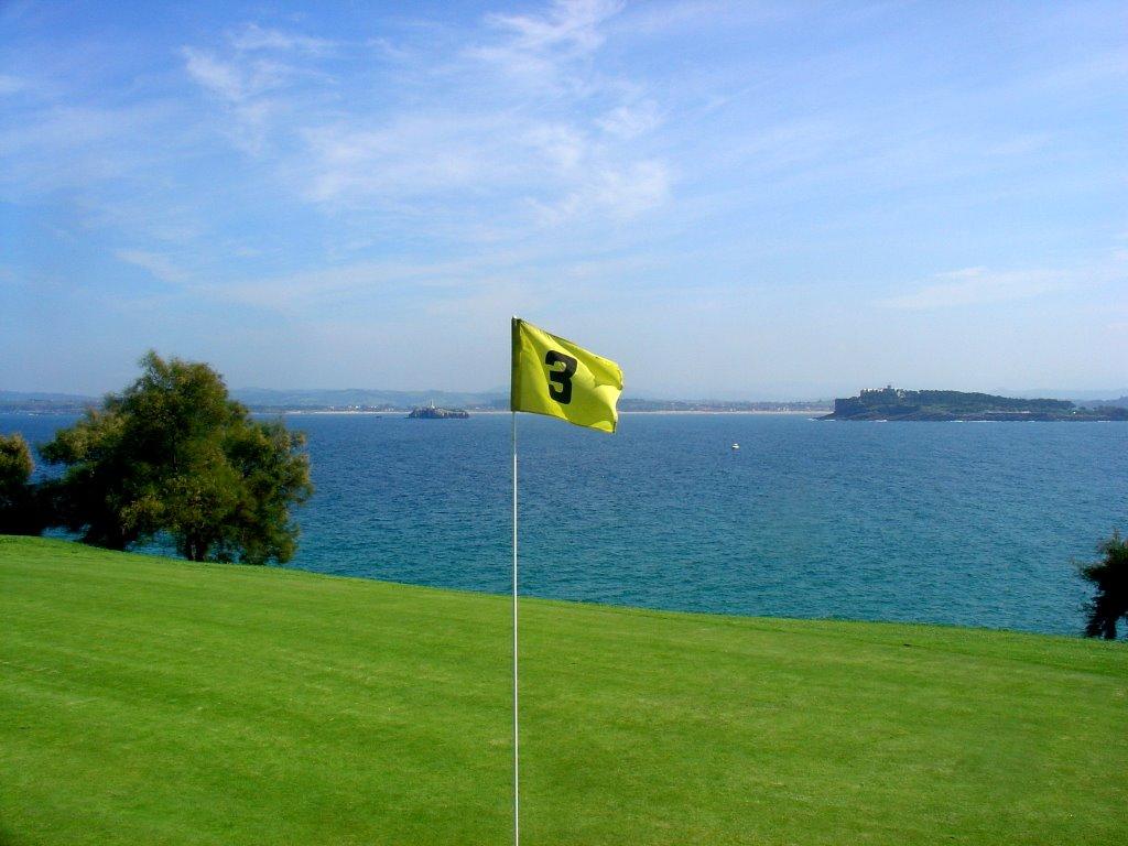 Alquilar un campo municipal de golf