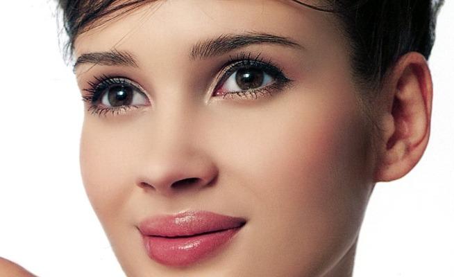 Los mejores trucos para maquillaje de ojos pequeños (II)